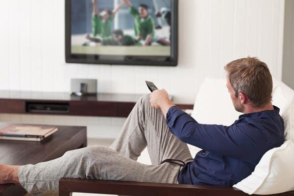 Tittar på en sportkanal